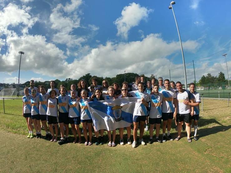 Las selecciones gallegas femenina y masculina de fútbol gaélico celebran su pase a las finales del primer Campeonato Europeo de este deporte.